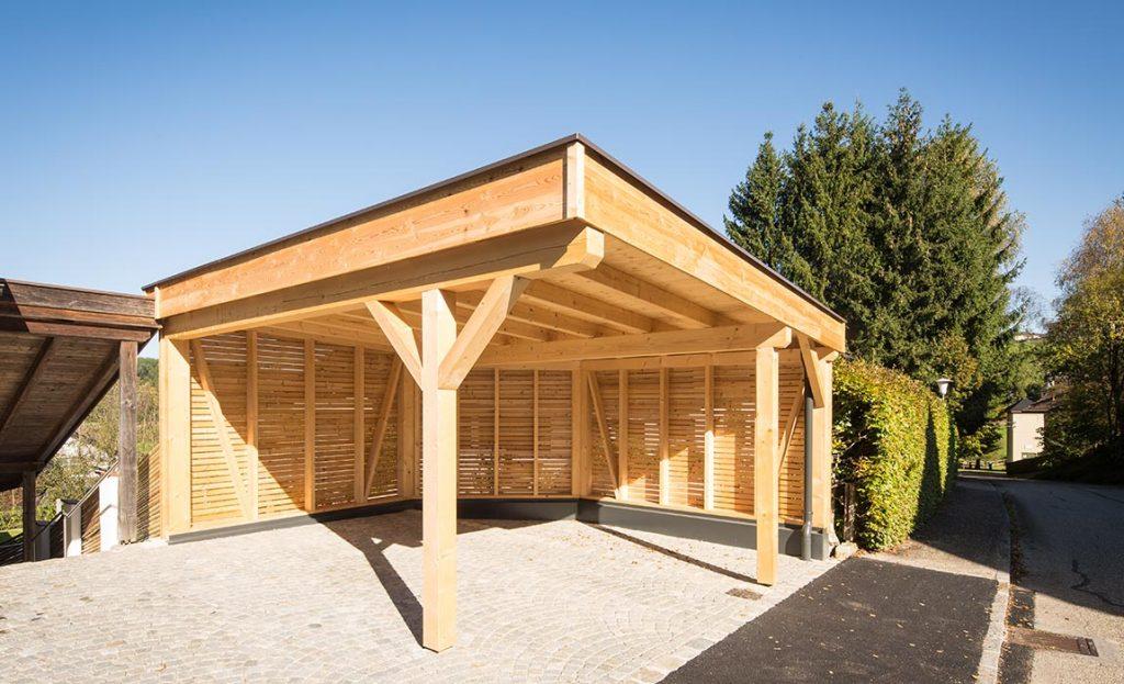 schutz vor wind und wetter mit einem holz carport. Black Bedroom Furniture Sets. Home Design Ideas